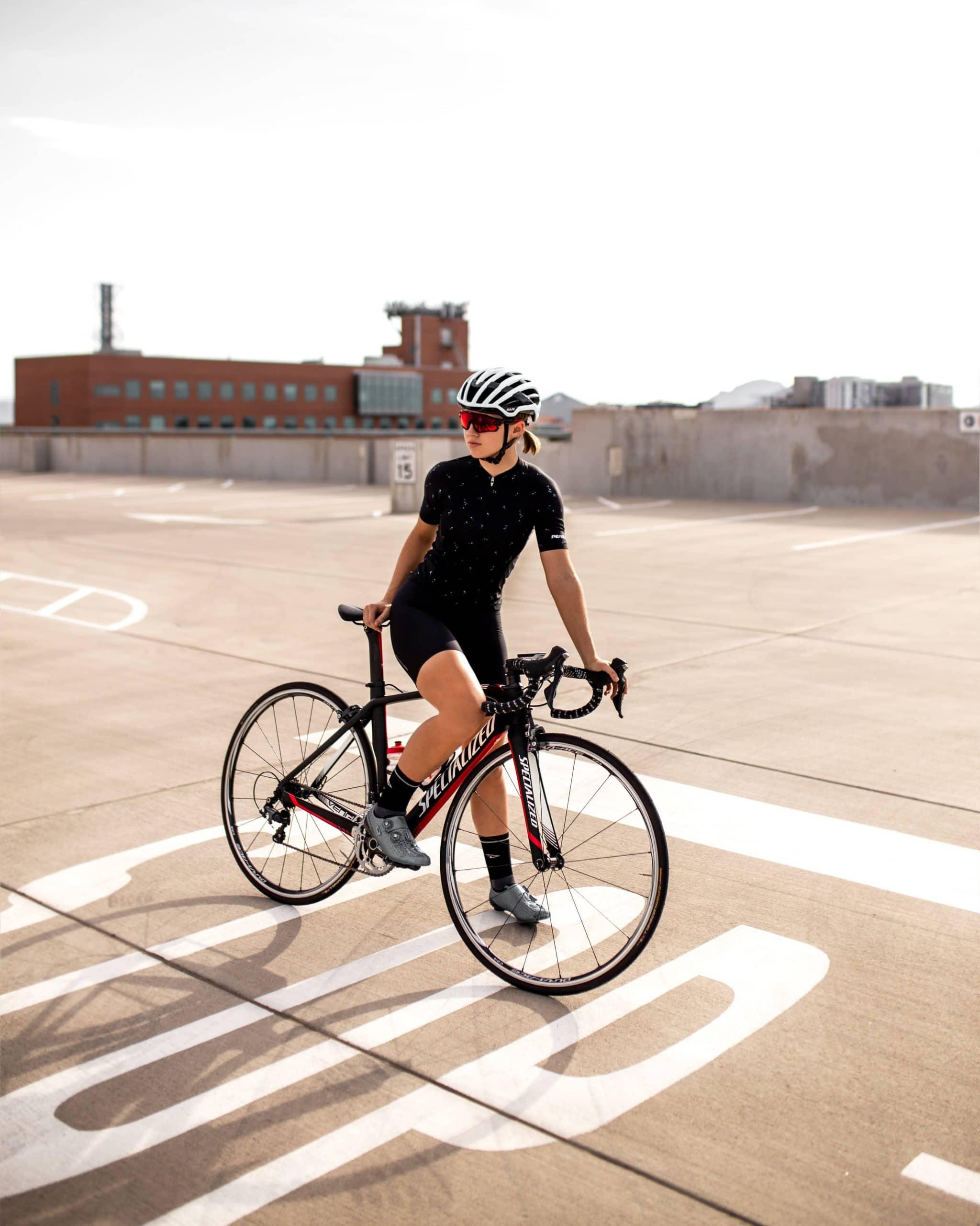 Doit on porter un casque pour vélo électrique ?